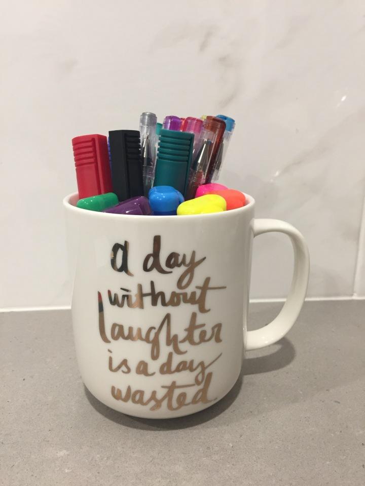 Mug with markers